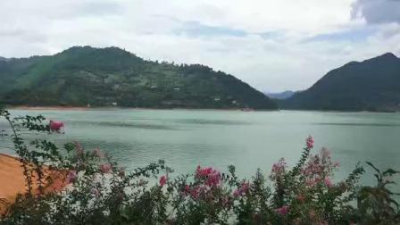 李铁鹏游东江湖。