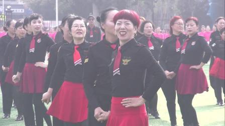 新乡市广场舞揭牌仪式《水兵舞》