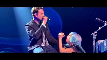 库珀出现 Lady Gaga 在拉斯维加斯的演唱会,合唱 Shallow