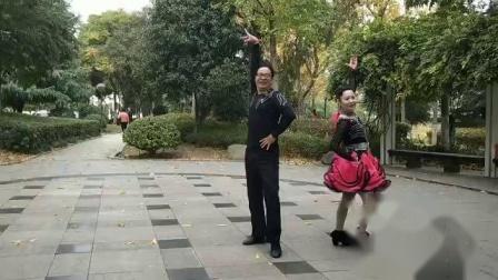 唐翠翠和江苏邱老师演练《大汉一套》