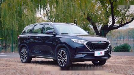 """【《""""长安欧尚X7""""vs""""长城哈弗H6"""",谁是最具价值10万级SUV?》】"""