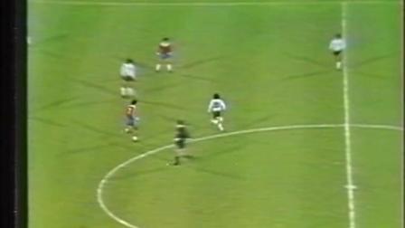 80'友谊赛 阿根廷2-2智利 马拉多纳触球剪辑