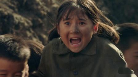 啊摇篮 素素为了寻找罗六斤来到战场,为带走孩子陷入危险时刻