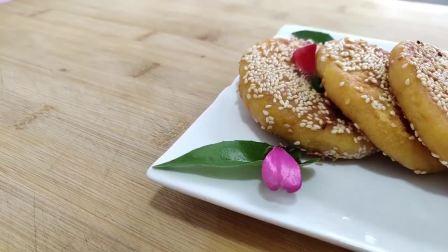 这样做的地瓜饼还是第一次吃,不饧面不发面,柔软又香甜,做法超级简单!