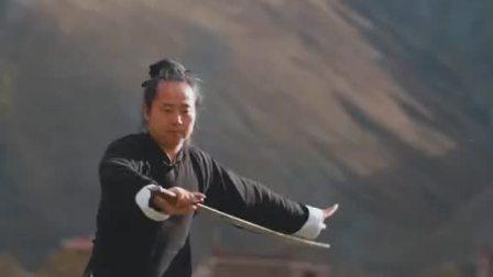 武当丹剑经典动作教学(4)撩剑。在海拔3500的地方讲课,不喘气的秘籍就是你们的点赞啦