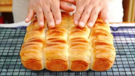 只需发酵一次,轻松搞定柔软香甜小餐包,拉丝效果一级棒!