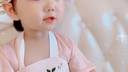 中国娃娃为大家祈福 祝㊗️大家幸福 平安 健康❤️中秋节快乐🎑