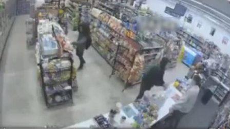 大反转!深夜便利店的监控记录下一场神奇的劫案!