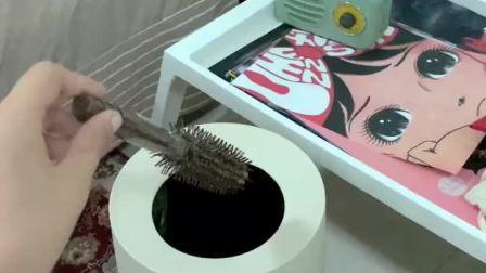 一款让传统梳子抖三抖的碎发整理器。你用过吗?