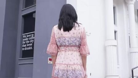 DESIGNICE迪赛尼斯 连衣裙让你回到 时刻~