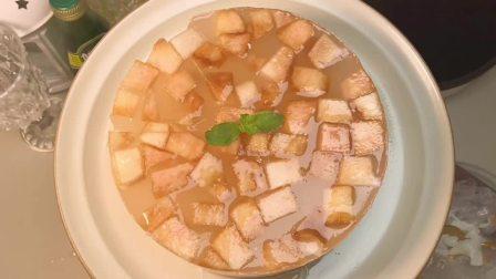 十分仙女的蜜桃果冻蛋糕来了!神仙颜值!我又爱了!