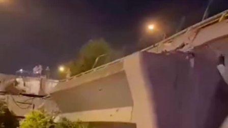 突发:无锡一处公路上跨桥垮塌,有车辆被压,救援正在进行!愿平安!
