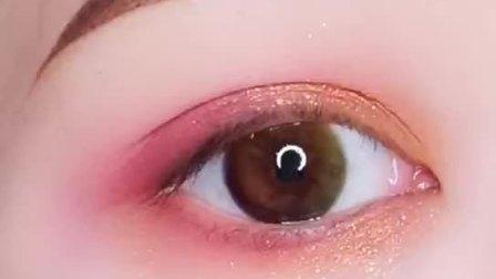 这样画眼影不用画眼线也可以超美哦