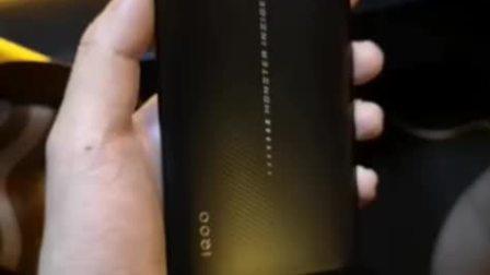 iQOO旗舰手机,2998元,太震撼 硬件学堂视频