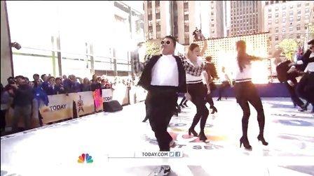 【猴姆独家】超震撼!鸟叔PSY美国首秀新单Gentleman引全场大合唱!
