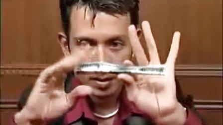 纸币悬浮魔术教学