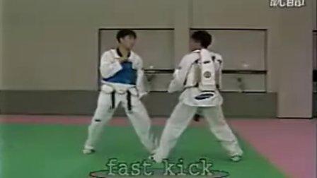 【侯韧杰  TKD  教学篇】之杨正芳师贤的腿5