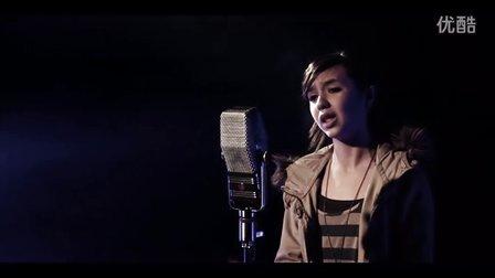 【猴姆独家】全球点击率最高的翻唱Rolling in the Deep视频!出自一位12岁小萝莉之嗓