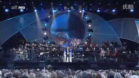 【段志超世界音乐】德国帅气小提琴天才David Garrett超棒演绎枪花名曲《11月的雨》
