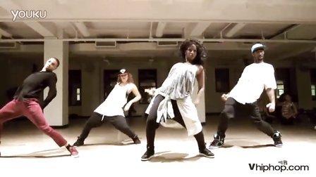 Luam teaches I Am Your Leader, Nicki Minaj