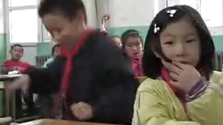 """绿色和平""""换灯护地球""""活动走进北京500所小学"""