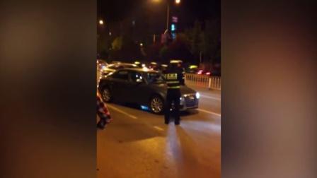 [辽宁]高速路上看大连人民如何让路 往右靠靠!