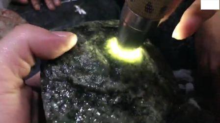 阿明中高端翡翠赌石系列视频第一部第37集
