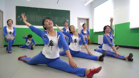 碾子山区职教中心学校(社区教育学院)《我和我的祖国》快闪