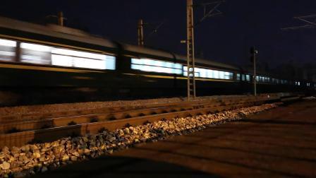 京沪线随拍~电客T116宿州站两道通过