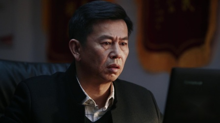 重生 11 冯潇护短被察觉,邱冬阳发现秦驰接触过物证