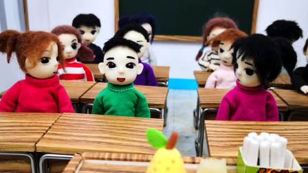 木瓜答对一题,土豆也答对一题,谁会赢得最后的大鸭梨呢