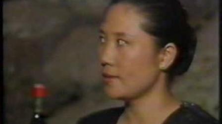 正义男被一群女反派俘虏被虐 最后反派女娄娄和反派女boss全部被杀