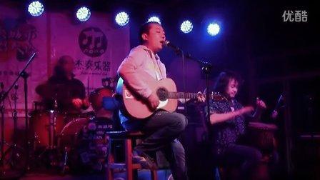 小汤哥《我爱你中国》(草民版)—2012年11月25日杰奏城市弹唱大烩