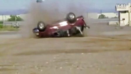 汽车侧翻事故假人实验