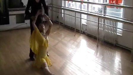 鞍山红霞舞蹈学校校长授课