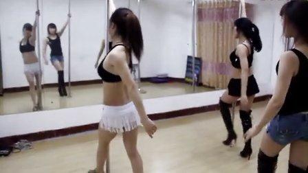 钢管舞—江南style风尚舞蹈培训学校│烟台钢管舞培训