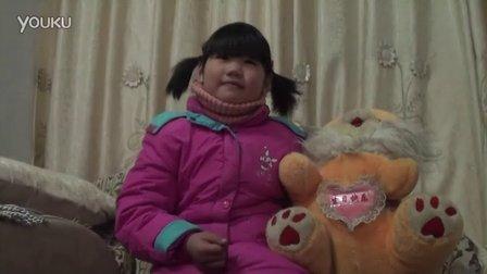 【拍客】末日3年级小姑娘不想离开爸爸妈妈的依靠