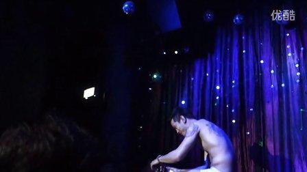 基情四射 泰国曼谷High-So Club Castro RCA 大胸男模走秀(下)