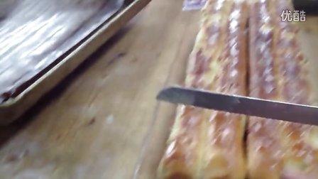 肉松卷面包2