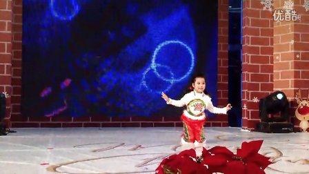 平安夜剪纸姑娘舞蹈表演