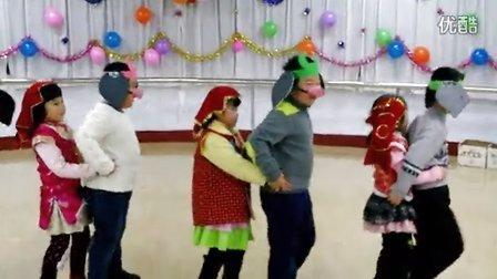 舞蹈《猪八戒背媳妇》——幼儿园2013年元旦联欢活动
