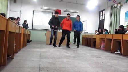 江南style。。高中生。。