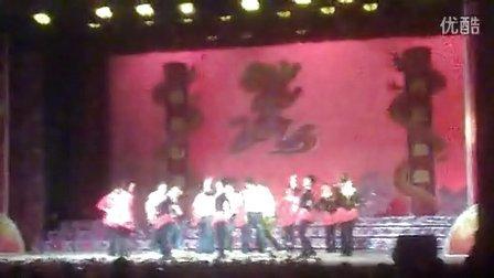 宜州山谷高中丶最炫名族风,还有骑马舞哦