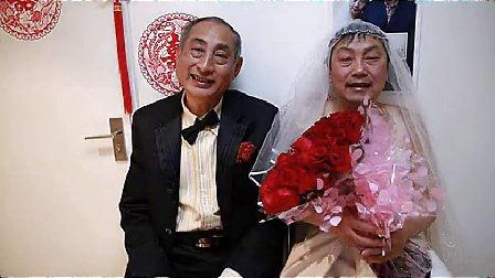 中国老年男同性恋者在北京结婚。