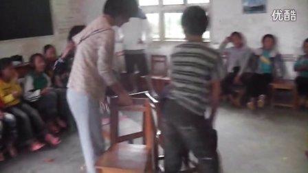 2012暑假上马草学生抢凳子