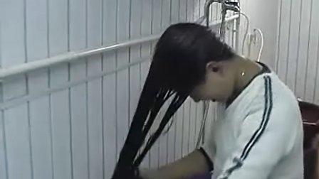 张瑾梳理及地长发