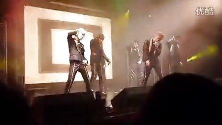 饭拍]20130210 Teen Top Show Live In Barcelona  BMG