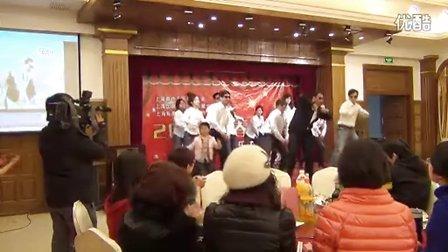 森垚仪表:2012什么舞蹈最流行:森垚版江南STYLE