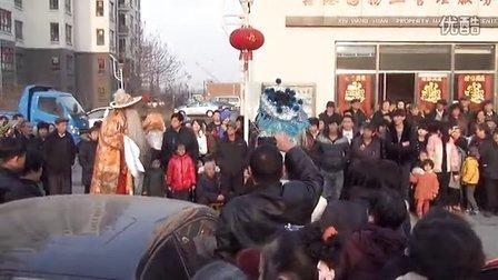 2013年正月十四鑫港园高跷