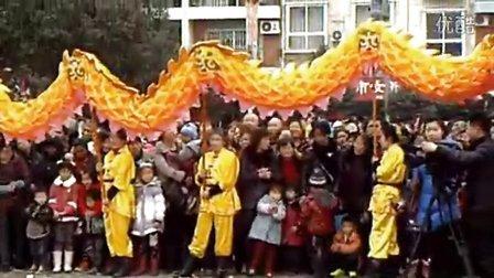 【拍客】2013元宵节李伯清徒弟显身罗江县龙狮会